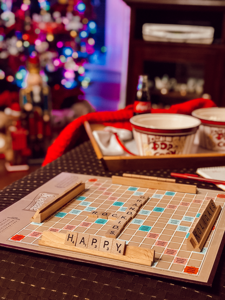 happy-holidays-scrabble